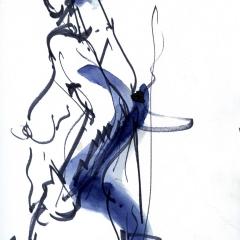 Femme-bleue-qui-marche